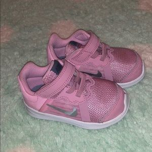 Toddler Nikes size 5